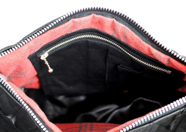 規取扱 SCHOTT(ショット) PADDED BANANA BAG(パッデッド バナナ バッグ) BLACK ブラック
